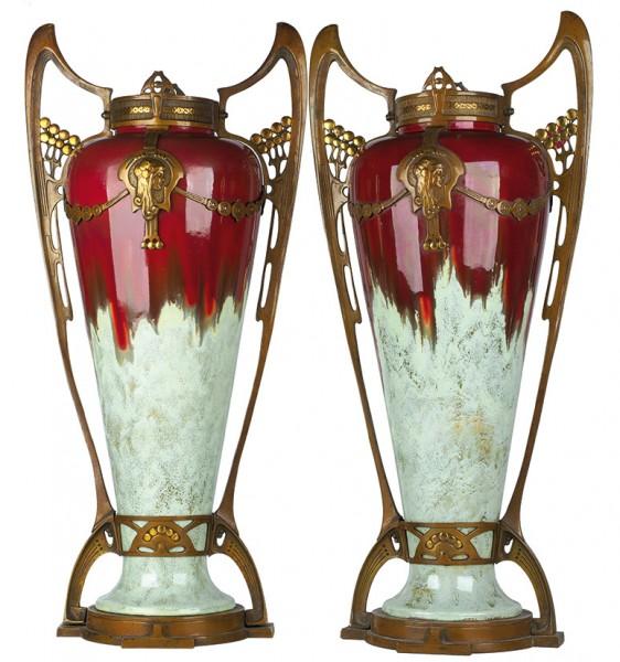 Парные вазы в стиле ар нуво. Франция. Первая четверть ХХ века. Обливная керамика, бронза, цветное патинирование, золочение, гравировка. Высота 68,5 см.