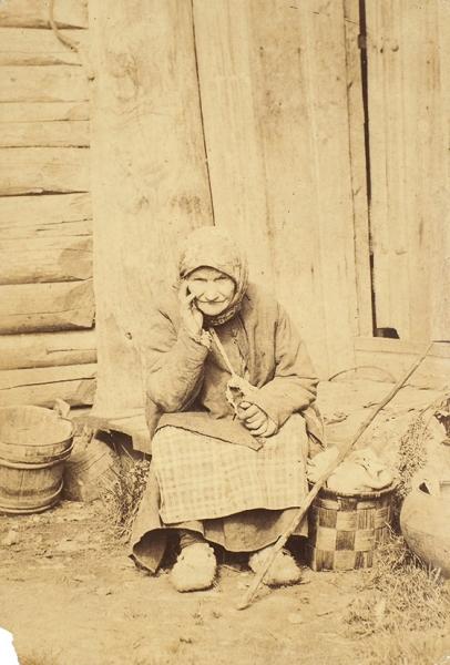 Каррик, В.А. Фотография «Деревенская жительница» из серии «Русские типы». 1870-е гг.