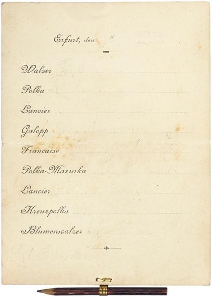 [Для списка любовных побед...] Бальная книжка для танцующих дам в комплекте с карандашом для заполнения имен кавалеров. Вторая половина XIX века.