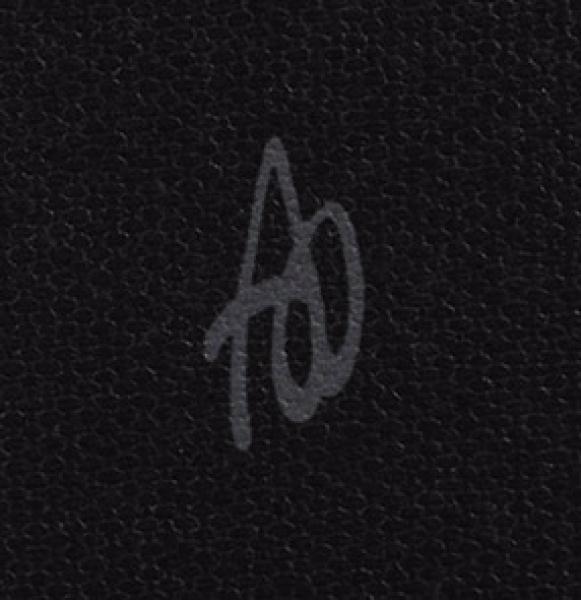 Алексеева Олеся. «Портрет Хичкока». 2015. Холст, фото-ассамбляж. 92×92см. Наподрамнике.